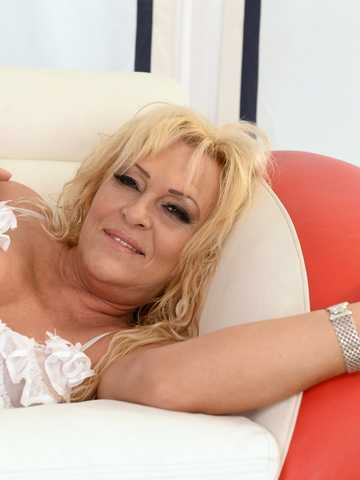 Magdi Melts With Her Black Boyfriend