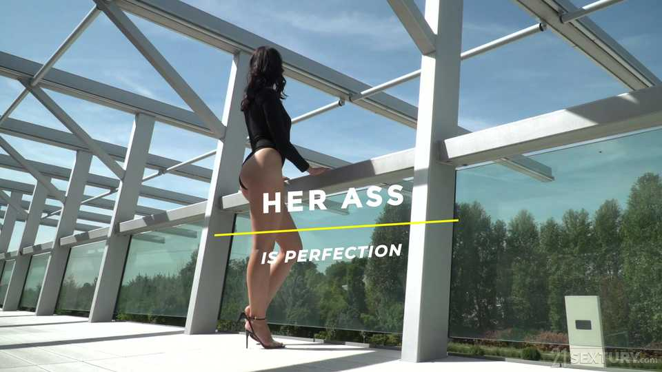Her Ass is Perfection, Scene #01