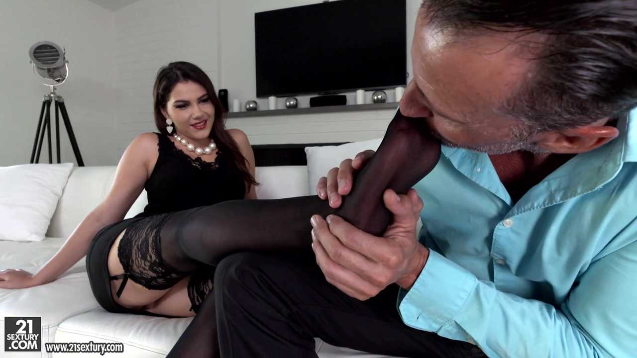 Footjobs & Sexy Girls